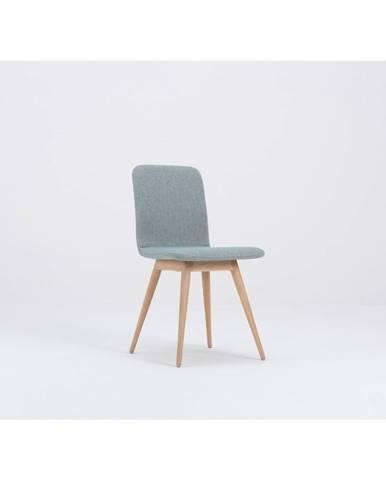 Modrá jedálenská stolička s podnožou z dubového dreva Gazzda Ena