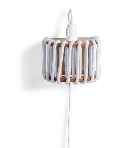 EMKO Biela nástenná lampa s drevenou konštrukciou EMKO Macaron, dĺžka 20 cm