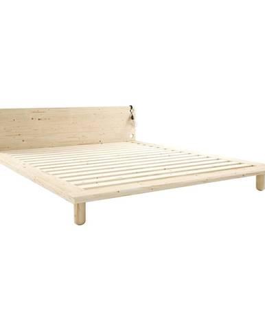 Dvojlôžková posteľ z masívneho dreva s lampami Karup Design Peek, 180 x200cm